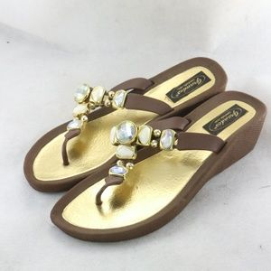 GRANDCO Women's Expression Thong Sandals Sz 9